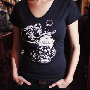 Women's Snake & Bottle shirt S-M-L-XL €10